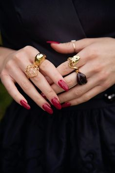 What do you think of the new popular nail shape? | Save up to 90% off retail jewelry