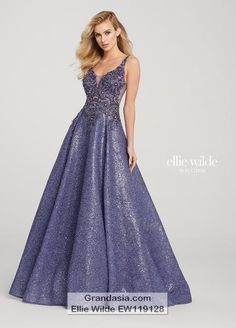 Formal Approach has all of the new Ellie Wilde prom dresses! Find your perfect gown for prom, homecoming, formal, or a party. Event Dresses, Bridal Dresses, Formal Dresses, Formal Wear, Grad Dresses, Dance Dresses, Sparkly Skirt, Sequin Skirt, Sparkly Dresses