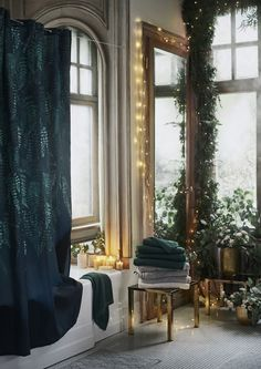 This interiors blog is where I share my inspirations and latest infatuations. If I can share a nugget of wisdom, well that too. H&m Christmas, Sweden Christmas, Christmas Bathroom, Green Shower Curtains, Black Curtains, H & M Home, Christmas Interiors, Shower Curtain Rings, Brass Lamp