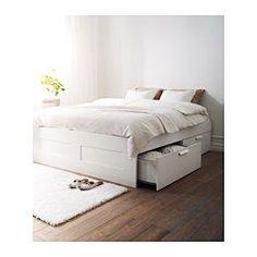 IKEA - BRIMNES, Seng med skuffer, 160x200 cm,  , , 4 store oppbevaringsskuffer gir deg ekstra oppbevaringsplass under sengen.Justerbare sengesider slik at du kan bruke madrasser av ulike tykkelser.
