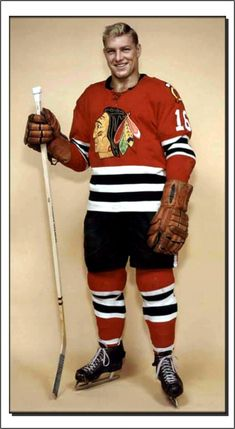 Bobby Hull Blackhawks Hockey, Hockey Teams, Chicago Blackhawks, Hockey Players, Ice Hockey, Bobby Hull, Good Old Times, Black Hawk, Hockey Cards