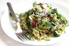 pesto zucchini, zucchini pasta, pasta dishes, food, spaghetti recipes, plate, zucchini spaghetti, roasted veggies, green onions