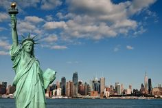 New York City has been a beacon for a long time. The skyline, the Empire State Building, Times Square, the Statue of Liberty Tattoo Australia, Image New, New York Travel Guide, Travel Tips, Asia, Piet Mondrian, Vintage Travel Posters, Best Cities, Kandinsky