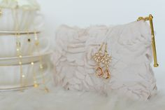 {Fabelaktig} secrets By B jewelry, vintage china Egersund , 14k gold, earings, necklace, pink