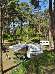 caravan decor 662944007623771328 - Campingplatz Ostseeblick Source by petraschaare Caravan Hacks, Caravan Decor, Campsite, Picnic Table, Van Life, Motorhome, The Great Outdoors, Kayaking, Touring