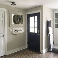 Modern Farmhouse Entryway / Black Door / Blanket Ladder / Shiplap Wall