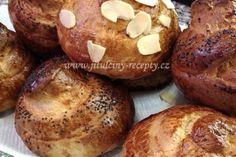 Máslové velikonoční jidáše | jitulciny-recepty.cz Easter Recipes, Baked Potato, Muffin, Potatoes, Bread, Baking, Breakfast, Ethnic Recipes, Food