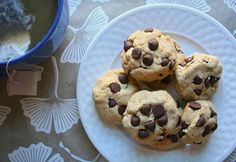 Vegan Mint Chocolate Chip Cookies
