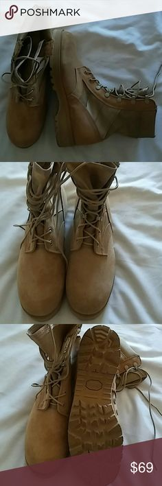 US Army Desert Tan Boots Size 8 Mens Preowned Great Condition Shoes Combat & Moto Boots