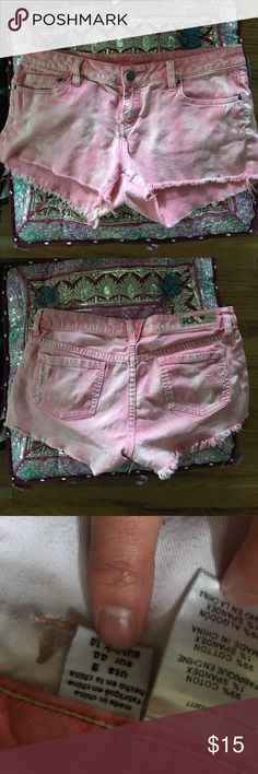 Fox brand cut off shorts Super comfy, really cute salmon/orange/pink color. Small stain on inner pocket and front of left leg (pictured) Fox Shorts Jean Shorts