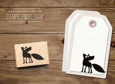 in süßer Stempel um tolle DIY Projekt zu gestalten. Ob Karten, Geschenkanhänger, Einladungen uvm deiner Fantasie sind keine Grenzen gesetzt. Dieser süße cats - Stempel Fuchs Edgar bekommst bei www.party-princess.de. Der Stempel ist auch eine süßes Geschenk für alle Fuchsfans.