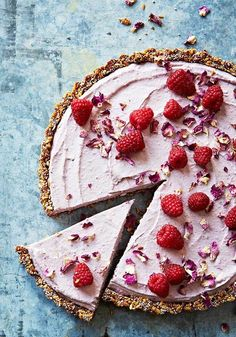 Raspberry cheesecake tart. #rasspcake #dessert #recipe