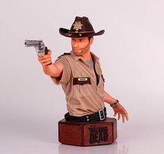 Mini busto The Walking Dead. Sheriff Grimes, 15 cms. Gentle Giant