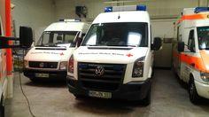 Geländewagen mit Material von Katastrophenschutz