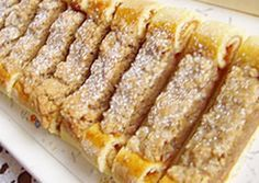 Habos diós rolni Hungarian Desserts, Hungarian Cake, Hungarian Recipes, Cookie Desserts, Dessert Recipes, Poppy Seed Cookies, Good Food, Yummy Food, Christmas Dishes