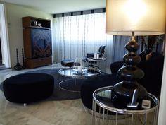 Decoracion estilo muy moderno, muebles de diseño, salón sofisticado.  Chalet en Urbanizacion en #Venta en Golf, Las Rozas de #Madrid, Mansión