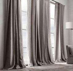 Come scegliere la lunghezza di una tenda: tenda a strascico, lino pesante, drappeggio chic   Una Casa Così