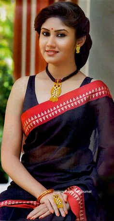 Image: Sananda (from Anjali Jewellers advertisement)