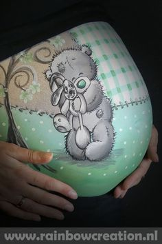 vientre me pinto a ti cerveza - Schwanger- schaftsfotos - Pregnant Belly Painting, Belly Art, Belly Casting, Feminine Mystique, Face Painting Designs, Tatty Teddy, Painting For Kids, Pregnancy Photos, Face And Body