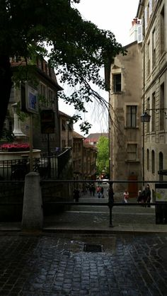 Strolling in old town of Geneva