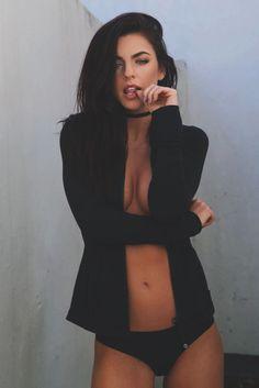seiunabellissima: vividessentials: Kylie Rae | vividessentials celebs |… http://ift.tt/1o9vDXz *_*