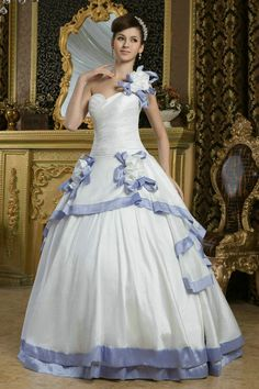 Find ball gown wedding dresses at cheap price here. We offer you princess ball gown wedding dresses with good quality. By choosing our ball gown wedding dresses, let you be a elegant princess in your wedding! Drop Waist Wedding Dress, Wedding Dress 2013, Luxury Wedding Dress, Cheap Wedding Dress, Wedding Party Dresses, Prom Dresses, Latest Bridal Dresses, Celebrity Wedding Dresses, Most Beautiful Wedding Dresses