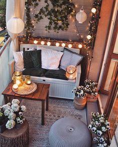 6 interior design trends for you (decor inspiration) - Cozy Home Decor Apartment Balcony Decorating, Apartment Balconies, Apartment Living, Small Balcony Design, Small Balcony Decor, Small Patio, Cozy House, Home Furnishings, House Design