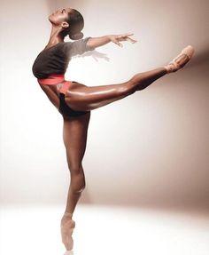 BALETNICA.Seksowne, wysportowane ciało kobiety. Motywacja do ćwiczeń dla kobiet, pań i dziewczyn. Sexy, athletic woman's body. Motivation to exercise for women, ladies and girls. #women, #sexybody #body #sexy #fitness #motivationforwomen #motivation #ballet