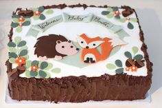 4247 Woodland Creatures Fox Hedgehog, Acorns, and Bark Cake(11)