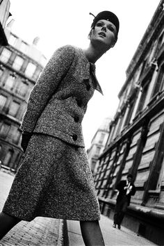 Tweed suit, French ELLE photo Brian Duffy 1962