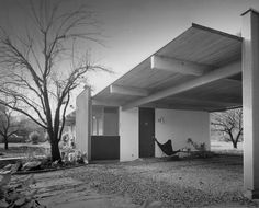 BKF & NEUTRA McBeth House, Los Angeles, 1955 (photo: Julius Shulman)