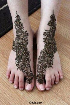 Pakistani-Women's-Foot-Mehndi-Collection-2013-1.jpg (700×1050)