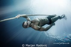 Freediver - Domagoj Jakovac - world champ under Ice diving