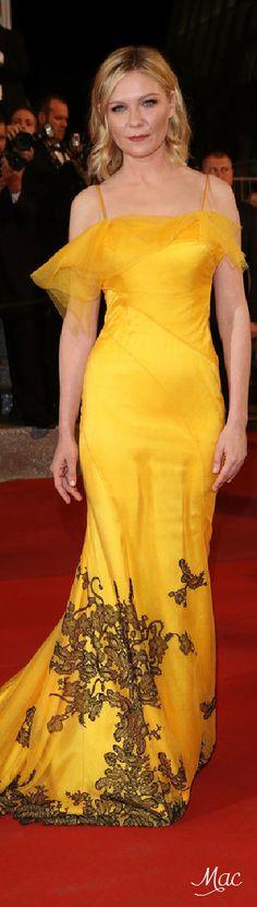 Cannes 2016: Kirsten Dunst in John Galliano for Maison Margiela