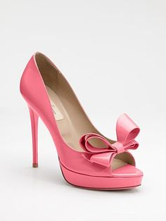 Valentino. Pink. Bows. Adorable. Perfect for Wednesdays @Sarah Chintomby Garriott so fetch.