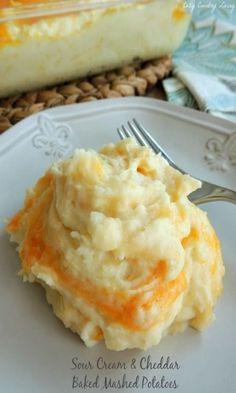 Cream & Cheddar Baked Mashed Potatoes Sour Cream and Cheddar Baked Mashed Potatoes - easy recipe! Can't mess this up!Sour Cream and Cheddar Baked Mashed Potatoes - easy recipe! Can't mess this up! I Love Food, Good Food, Yummy Food, Tasty, Potato Dishes, Food Dishes, Side Dishes, Baked Mashed Potatoes, Russet Potatoes