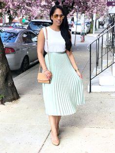 Pastel Midi Pleated Skirt — My Golden Beauty Mint Skirt, Pastel Skirt, Green Pleated Skirt, Pleated Skirt Outfit, Pleated Skirts, Dress Skirt, Green Skirt Outfits, Modest Outfits, Summer Outfits