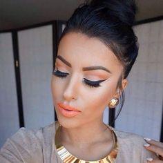 """""""Maha make up#models #foundation #contouring #eyeshadow #eyeliner #light #lip #instamakeup #instafashion #like4like #dubai #ksa #kuwait #qatar #lebanon…"""""""