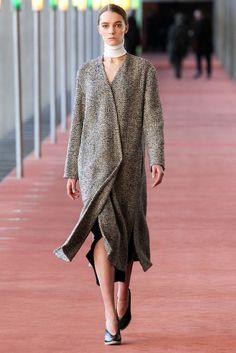Lemaire Fall 2015 Ready-to-Wear Fashion Show - Irina Liss (Supreme)