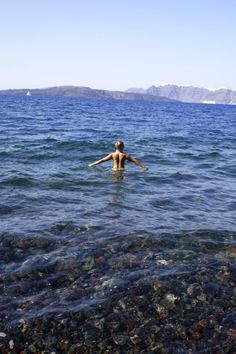 @Yoga_Girl in the Greek Islands | Sous Style