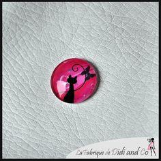 Cabochon en verre illustration chat de forme ronde de 25mm - rose : Cabochons, demi-perles par fabriquedidiandco