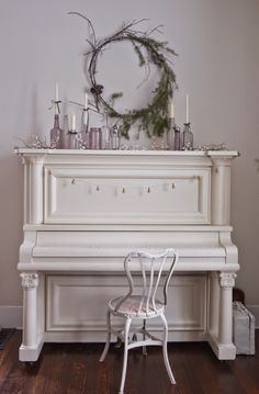 Vintage Whites Blog: Christmas Home Tour 2014