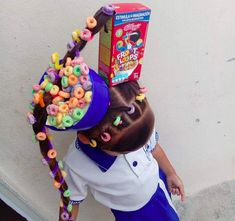 15 Parents Who Deserve All Of The Bonus Points For Their Hairdressing Skills Yup, this is the kind of parent I want to be. Crazy Hair Day Girls, Crazy Hair For Kids, Crazy Hair Day At School, Days For Girls, Crazy Hat Day, Crazy Hats, Princess Poppy Hair, Diy Unicorn Headband, Wacky Hair Days