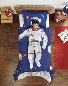 Kids Fun Comforters To Inspire Great Adventures are available here. Will your child become an astronaut, fireman or race care driver? What about your daughter?