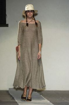 Daniela Gregis at Milan Fashion Week Spring 2005