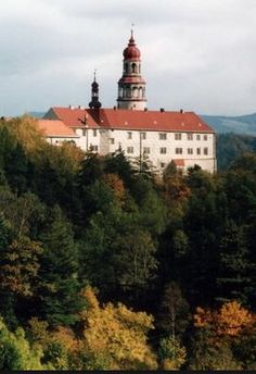 Náchod castle (East Bohemia), Czechia Prague, Royal Life, Castle House, Historical Monuments, Czech Republic, National Geographic, Around The Worlds, Manor Houses, Mansions