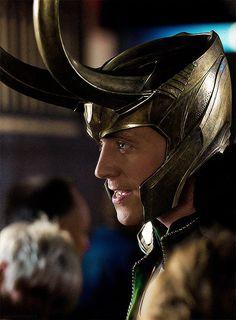 Loki horns on helmet Thor Movie November 2013 Via Laufeyson/Odinson Does this need a description? I think not. ;) Via http://www.pinterest.com/amandamakepeace/laufeyson-odinson/