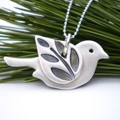 Lovely little bird pendant!