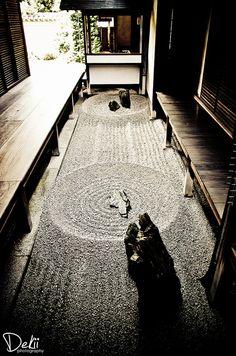 Karesansui or Japanese Rock Garden, Kyoto, Japan Kyoto Japan, Japanese Design, Japanese Art, Culture Art, Japan Garden, Style Japonais, Japanese Architecture, Japanese House, Wabi Sabi