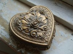 Vintage Heart Trinket Box